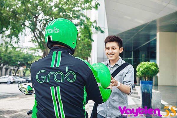 Có nên vay tiền mua xe chạy Uber và Grap - Vaytien3s.com