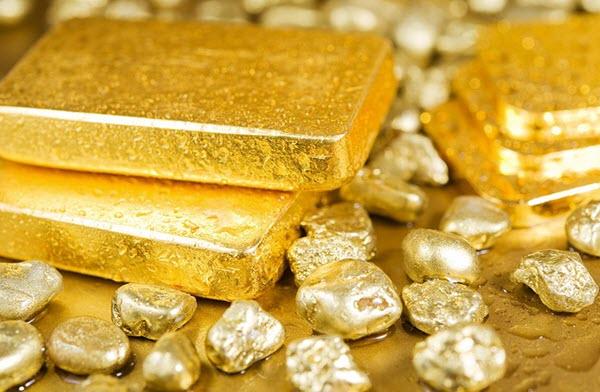Có nên mua vàng ngày Thần Tài hay không?