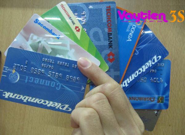 Sử dụng thẻ ngân hàng nào tốt nhất