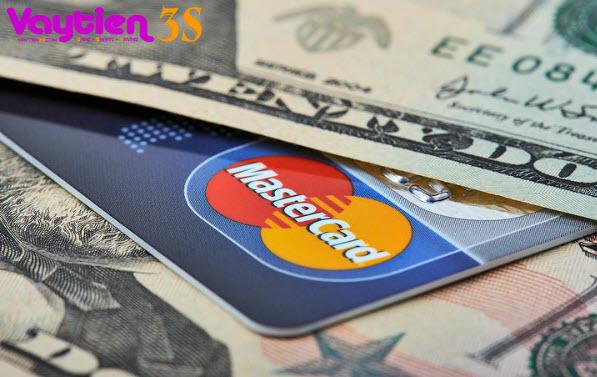 Vay nóng bằng thẻ tín dụng