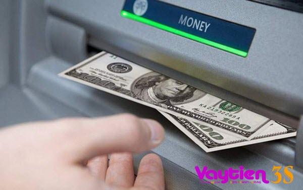 Phí rút tiền thẻ tín dụng Sacombank