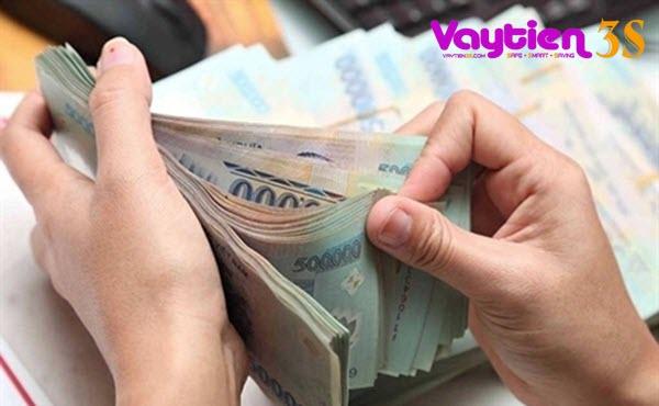 Hạn mức rút tiền mặt tại thẻ tín dụng Sacombank