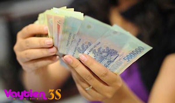Rút tiền mặt từ thẻ tín dụng ACB được không